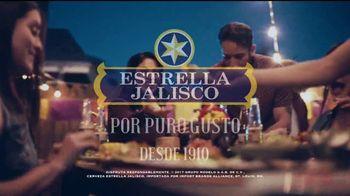 Estrella Jalisco TV Spot, 'La única con el sello rollo' [Spanish] - Thumbnail 9