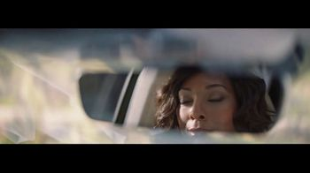 Lexus TV Spot, 'The World Is Your Oyster' [T1] - Thumbnail 3