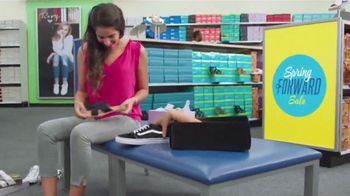 Shoe Carnival TV Spot, 'New Spring Styles' Featuring Zach King - Thumbnail 6