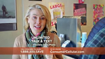 Consumer Cellular TV Spot, 'Matinee Movies: First Month Free' - Thumbnail 4