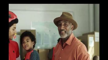 Synchrony Financial TV Spot, 'Ambition: Family Business' - Thumbnail 8