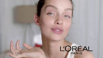 L'Oreal Paris Pure Sugar Scrubs TV Spot, 'Baby Soft Skin' - Thumbnail 9