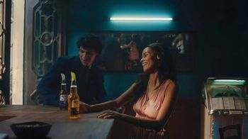 Corona Extra TV Spot, 'Want' Song by Geowulf - Thumbnail 4