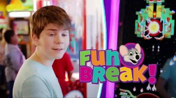 Chuck E. Cheese's TV Spot, 'Family Fun Night' - Thumbnail 9