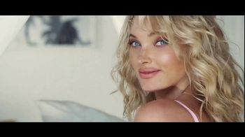 Victoria's Secret Dream Angels Collection TV Spot, 'Lace' Song by MOONZz - Thumbnail 10
