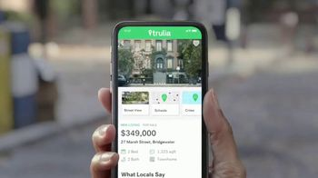 Trulia TV Spot, 'Discover a Place You'll Love to Live: Dog Walker Dana' - Thumbnail 1