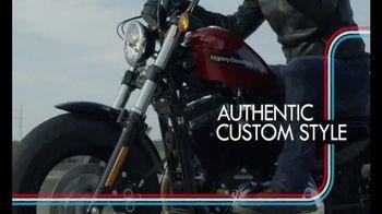 Harley-Davidson TV Spot, '2018 #FortyEightSpecial and #Iron1200' - Thumbnail 8