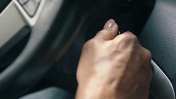 AutoZone TV Spot, 'Sabemos de baterías' [Spanish] - Thumbnail 9