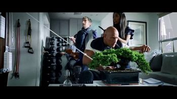 Apple iPhone 7 TV Spot, 'The Rock x Siri Dominate the Day' - Thumbnail 2