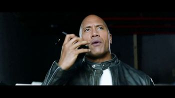 Apple iPhone 7 TV Spot, 'The Rock x Siri Dominate the Day' - Thumbnail 4