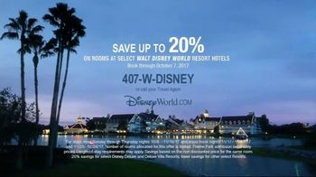 Walt Disney World Resort TV Spot, 'Magic All Around: Holiday Room' - Thumbnail 6