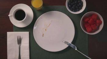 Amazon Echo Dot TV Spot, 'Echo Moments: Break-Fast' - Thumbnail 7