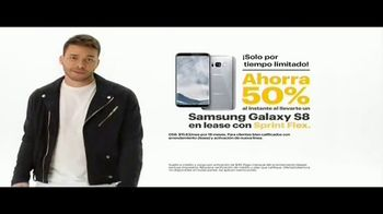 Sprint Unlimited TV Spot, 'Sprint Flex: Galaxy Forever' [Spanish] - Thumbnail 5