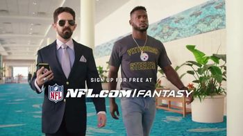 NFL Fantasy Football TV Spot, 'Be a Total Boss' Featuring Antonio Brown - Thumbnail 6