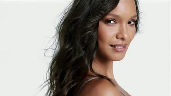 Victoria's Secret Body by Victoria TV Spot, 'The New Sexy' Song by MOONZz - Thumbnail 8