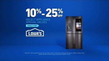 Lowe's TV Spot, 'The Moment: Family Hub Shopping List' - Thumbnail 10