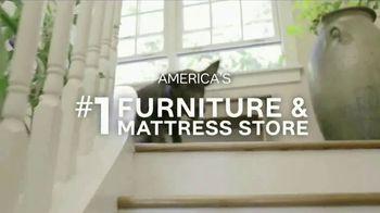 Ashley HomeStore Big Event TV Spot, 'Plush Hybrid Mattresses' - Thumbnail 7