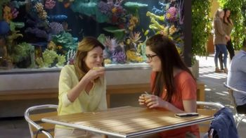 Dole Fruit Bowls TV Spot, 'Aquarium' - Thumbnail 2