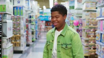 Toys R Us TV Spot, 'Play Is Everything' Featuring Benjamin Flores, Jr. - Thumbnail 8