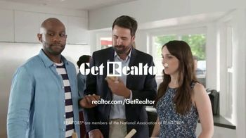 National Association of Realtors TV Spot, 'Acting Like You Own the Place' - Thumbnail 10