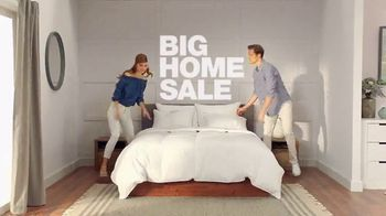Macy's Big Home Sale TV Spot, 'Bedding, Kitchen and Luggage' - Thumbnail 2