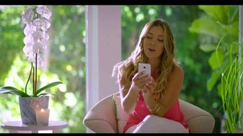 Western Union App TV Spot, 'Mono ladrón' con Ximena Duque [Spanish] - Thumbnail 8