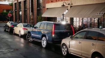 Cadillac Made to Move 2017 Clearance Event TV Spot, 'Perfect Fit: Escalade' - Thumbnail 7