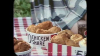KFC $10 Chicken Share TV Spot, 'The Original Colonel' Feat. Norm Macdonald - Thumbnail 4