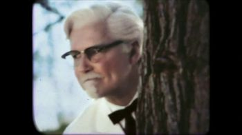 KFC $10 Chicken Share TV Spot, 'The Original Colonel' Feat. Norm Macdonald - Thumbnail 7