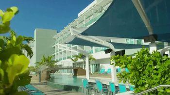 Resorts World Bimini Summer Caribbean Weekdays TV Spot, 'Luxury' - Thumbnail 4