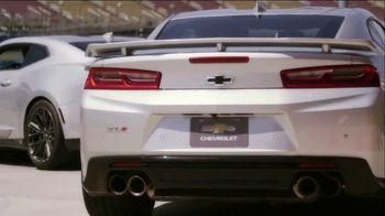 Chevrolet TV Spot, 'CBS 2 Los Angeles: Inside Chevy: Camaro' [T2] - Thumbnail 5