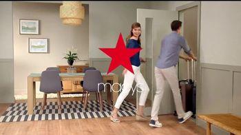 Macy's Gran Venta del Hogar TV Spot, 'Cama, cocina y equipaje' [Spanish] - Thumbnail 6