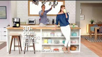 Macy's Gran Venta del Hogar TV Spot, 'Cama, cocina y equipaje' [Spanish] - Thumbnail 4