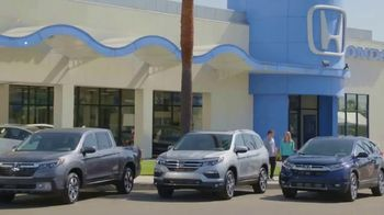2017 Honda CR-V TV Spot, 'HGTV: The Hunt Begins' [T1] - Thumbnail 1