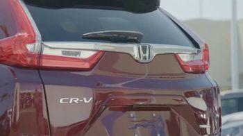 2017 Honda CR-V TV Spot, 'HGTV: The Hunt Begins' [T1] - Thumbnail 6