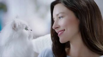 Fancy Feast Creamy Delights TV Spot, 'Just the Right Touch' - Thumbnail 1