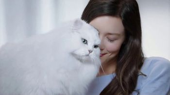 Fancy Feast Creamy Delights TV Spot, 'Just the Right Touch' - Thumbnail 8