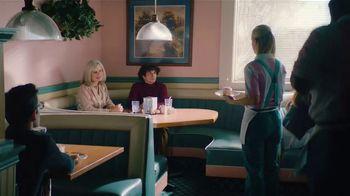 Booking.com TV Spot, 'Waitress' - Thumbnail 2