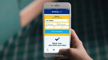 Booking.com TV Spot, 'Waitress' - Thumbnail 6