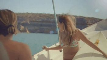 Cerveza Pacifico TV Spot, 'Jump' Song by Vancouver Sleep Clinic - Thumbnail 2