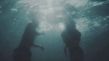 Cerveza Pacifico TV Spot, 'Jump' Song by Vancouver Sleep Clinic - Thumbnail 6