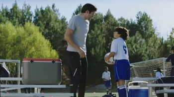 Icy Hot Lidocaine Patch TV Spot, 'Soccer Game' Feat. Shaquille O'Neal - Thumbnail 3