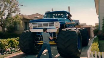 Booking.com TV Spot, 'Monster Truck' - Thumbnail 3