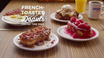 IHOP French-Toasted Donuts TV Spot, 'The Eyebrows Say It All' - Thumbnail 8