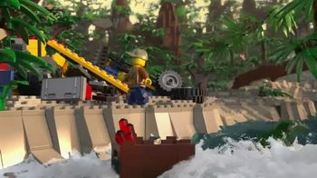 LEGO City Jungle Sets TV Spot, 'National Geographic Kids: Family Trip' - Thumbnail 4