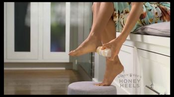Queen Bee's Honey Heels TV Spot, 'A Royal Solution' - Thumbnail 6