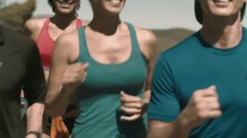 Truly Spiked & Sparkling TV Spot, 'Running' - Thumbnail 3