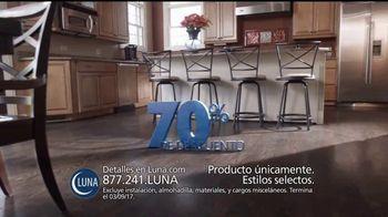 Luna Venta de 70 Por Ciento de Descuento TV Spot, 'Pisos' [Spanish] - Thumbnail 4