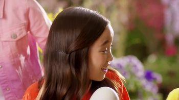 Hatchimals Glittering Garden TV Spot, 'Really Hatching' - Thumbnail 4