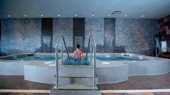 Kalahari Resorts & Conventions TV Spot, 'Making Waves' - Thumbnail 4